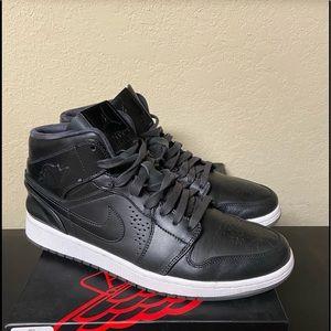Air Jordan Retro 1 Nouveau Cool Grey Noir Black